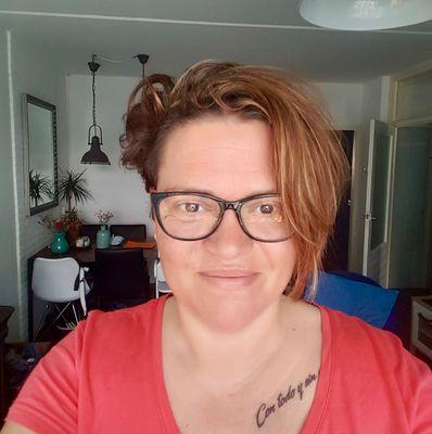 Vanessa van Egeren over armoede in de podcast ZOUT!